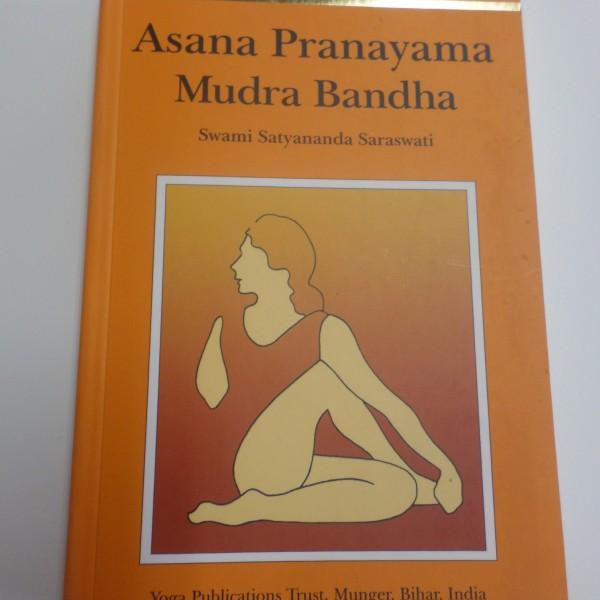 asana pranayama mudra bandha pdf